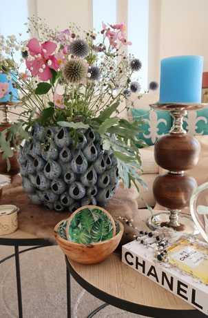 Ceramic-Vase-Online-Dubai-Abu-Dhabi-Cozy-Home