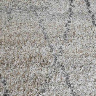furry-carpet-dubai-cozy-home