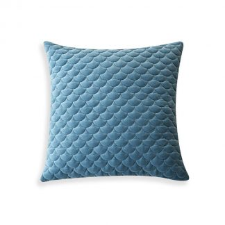 Shell-Cushion-Velvet-cozy-home