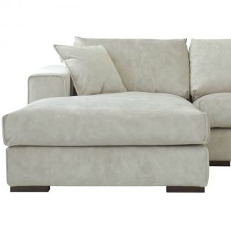 clio-lounger-sectional-sofa-in-abu-dhabi-cozy-home