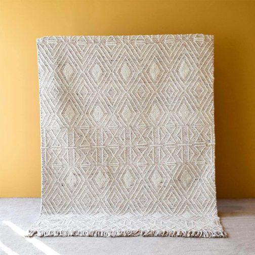 Labin Ivory Blush Hand Woven Rug – 190x290cm/300x400cm